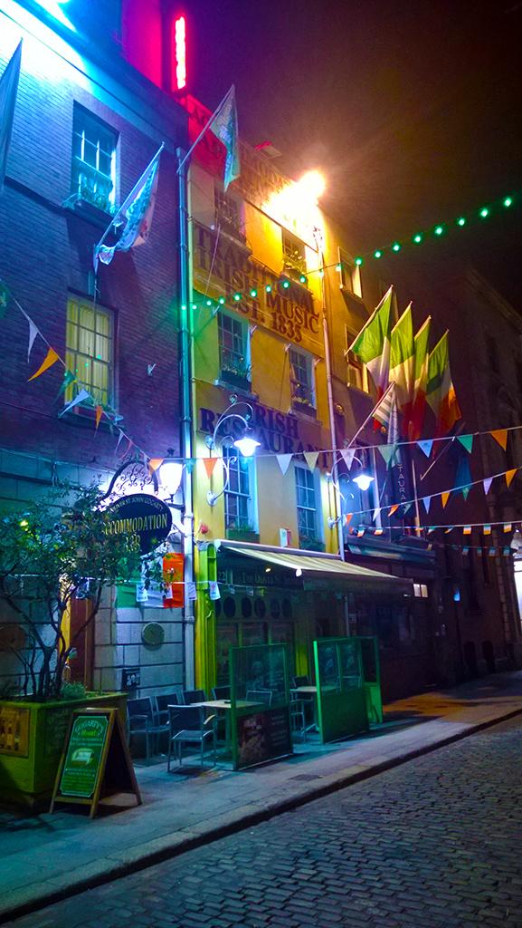 St_Patricks_day_in_temple_bar
