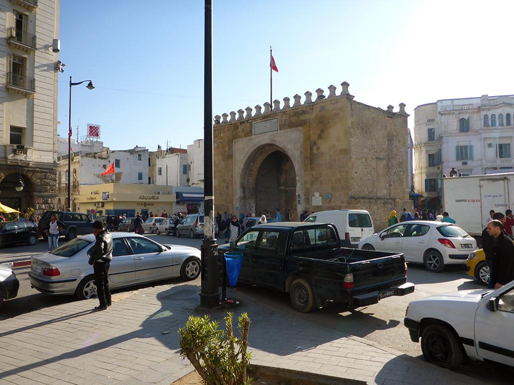 17_Tunis_Medina_Doors