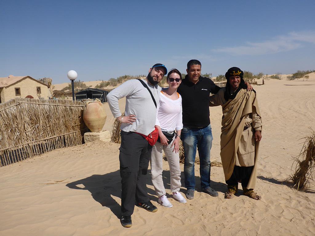 25_Sahara_Team