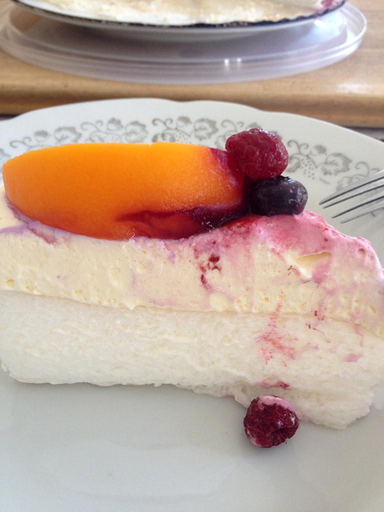 03_Pavlova_Cake