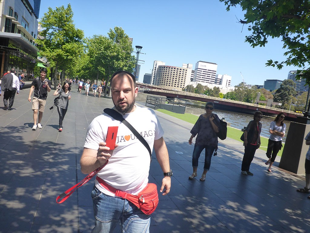 08_Me_Walking_On_The_Southbanks_of_Yarra_river_In_Melbourne