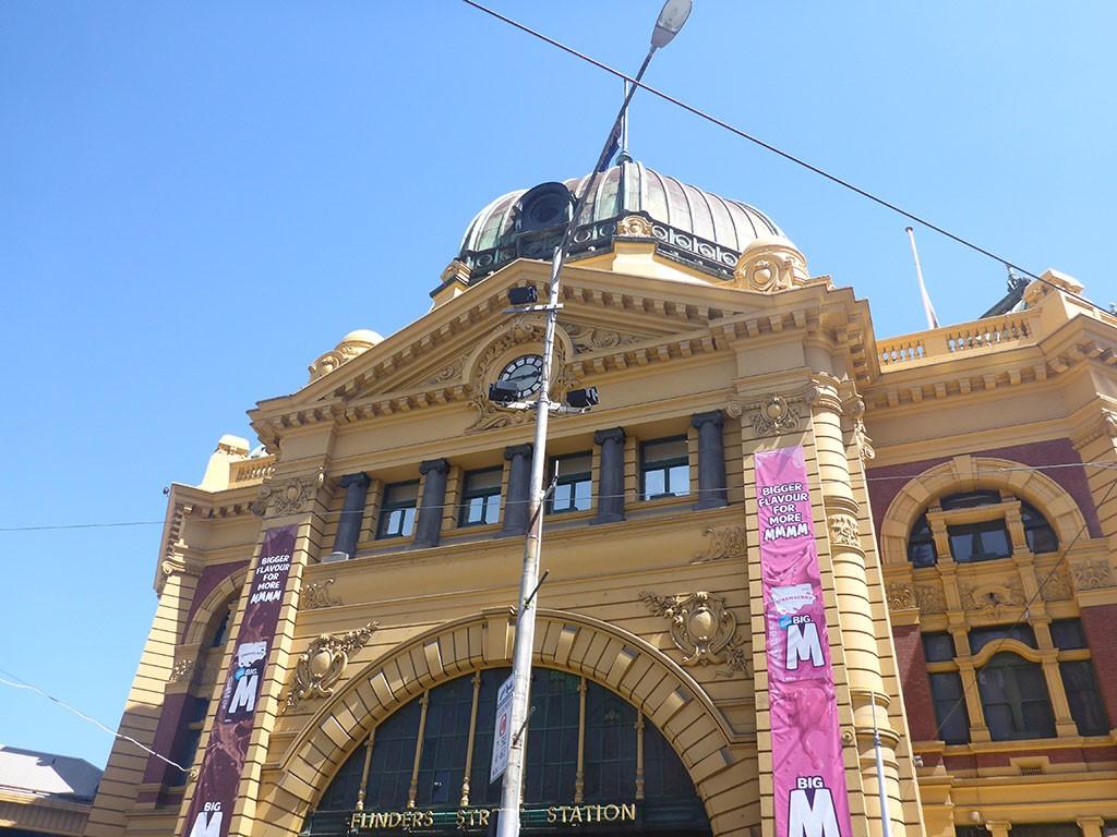 19_Flinders_Street_Station