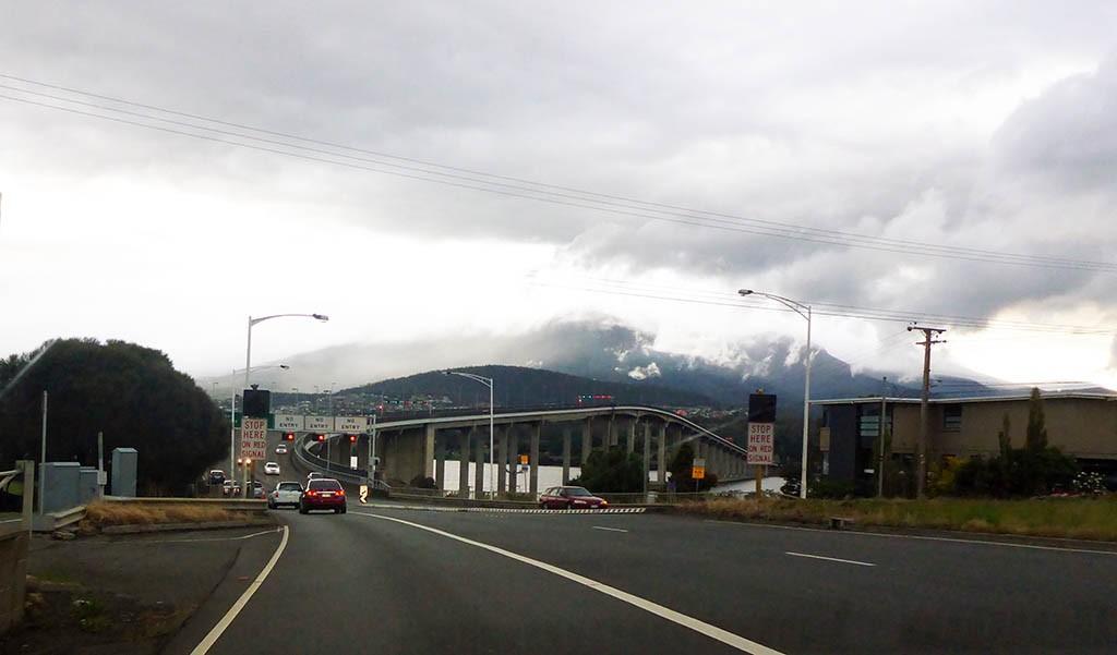 30_Hobart_Bridge