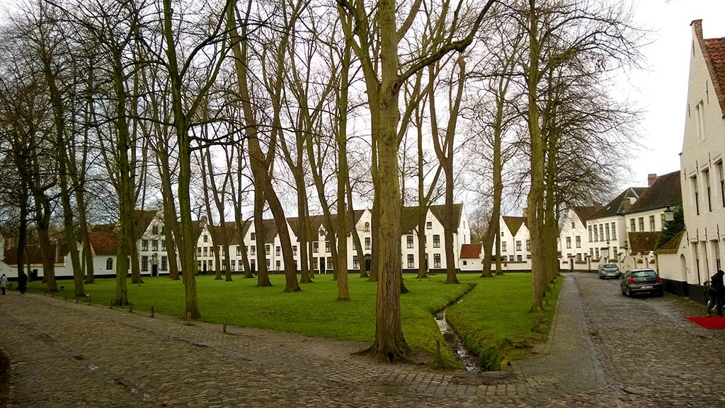02_The_Beguinage_of_Bruges