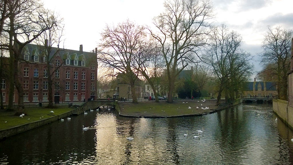 03_In_Front_Of_Beguinage_In_Brugges