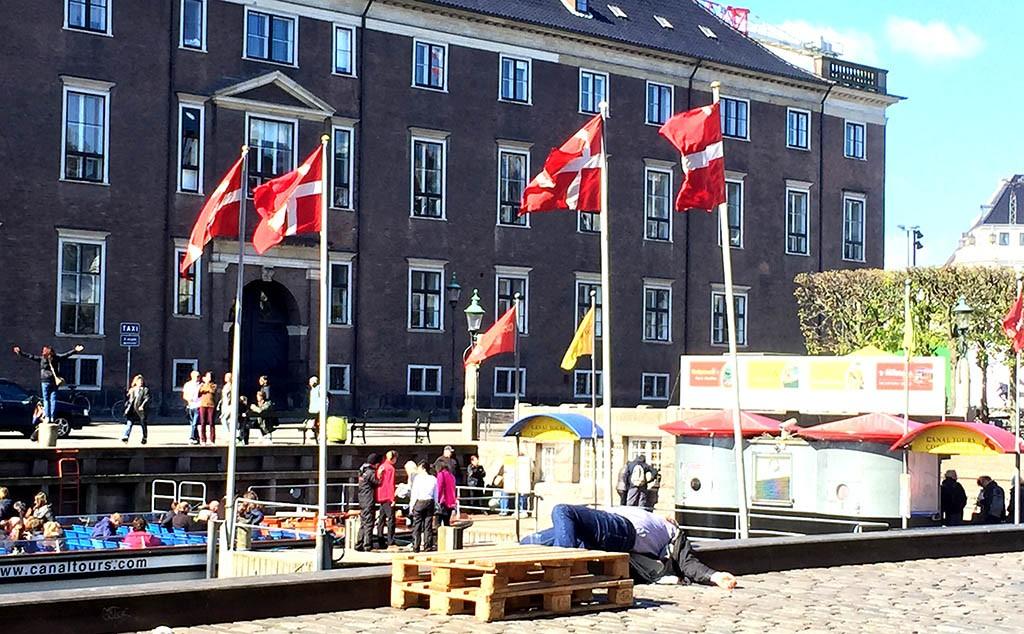 03_Sunny_Day_In_Copenhagen