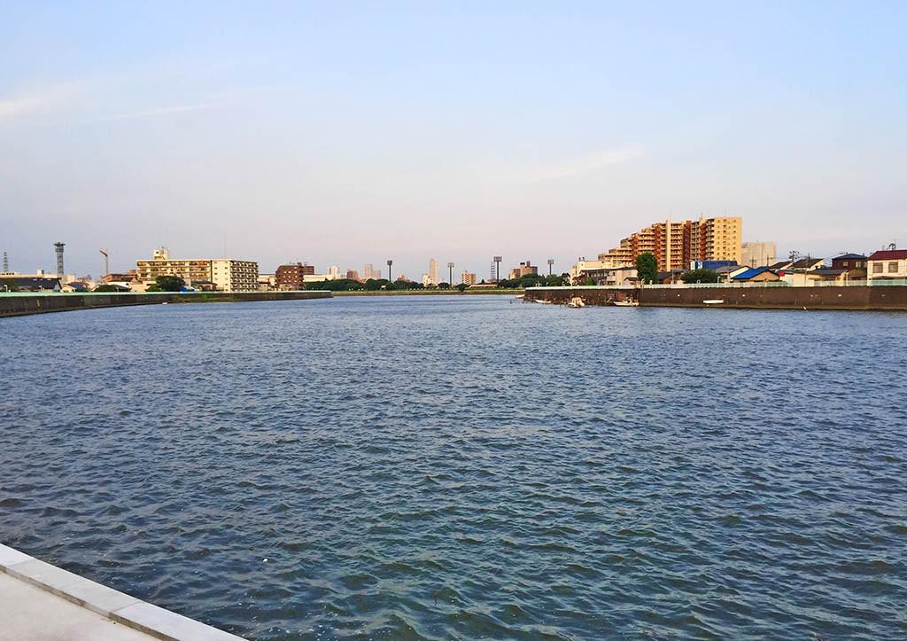 Naka-River-Katsushika-Tokyo_Large
