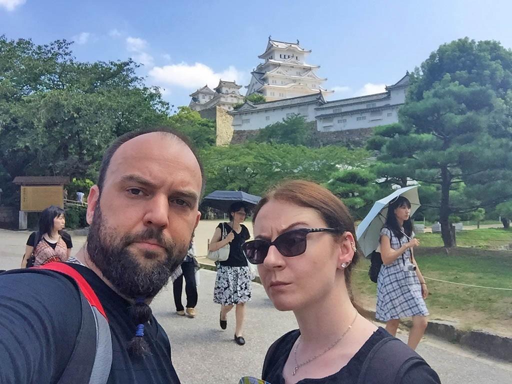 01-We-In-Himeji-Himeji-Castle
