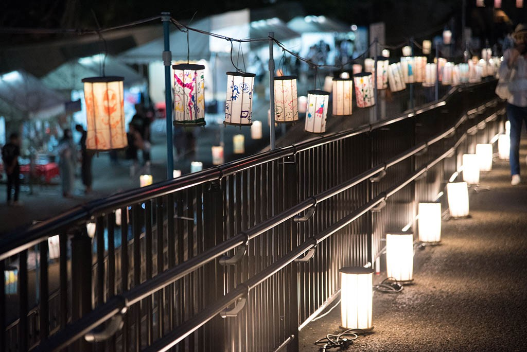 02-Kyoto-In-The-Summer-Evening