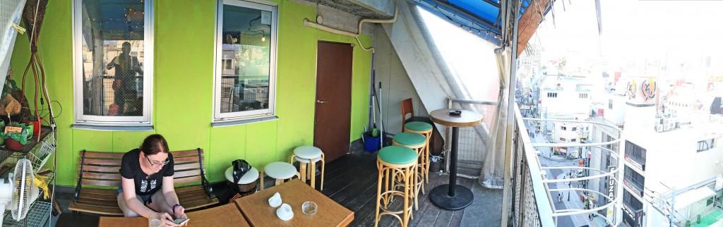 15-Pano-Bar-Revolucion-Balcony-Hiroshima
