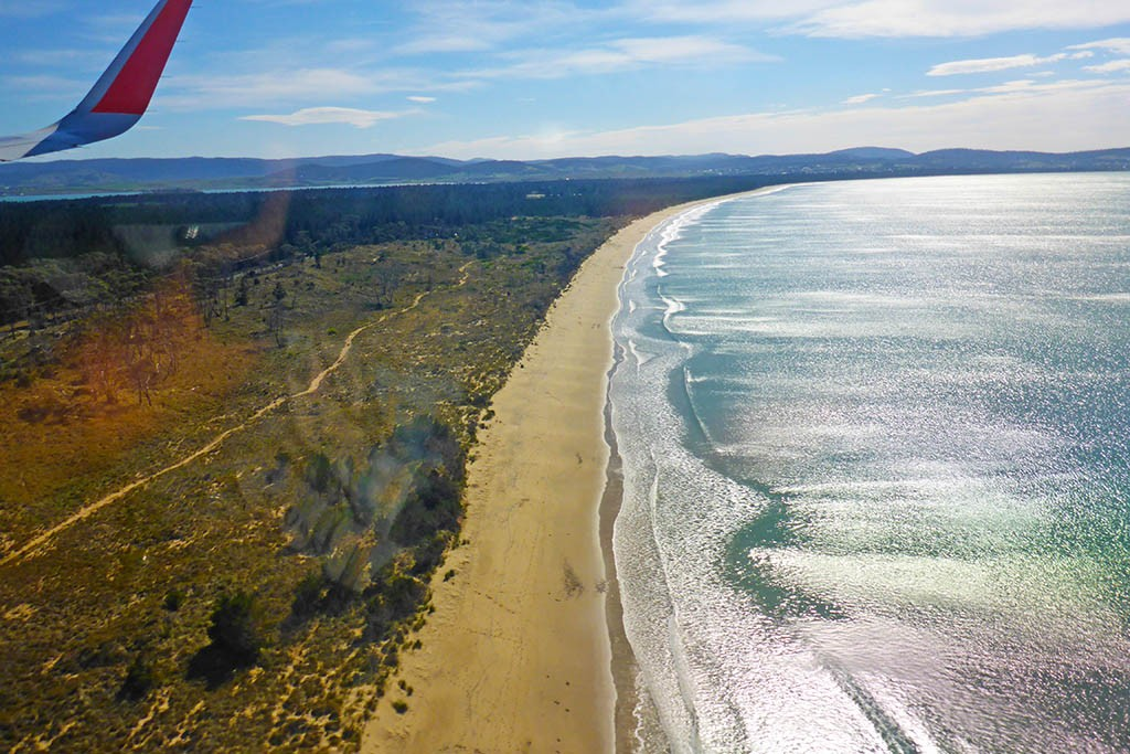 Long-Tasmanian-Beach